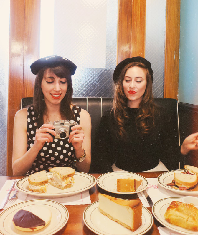 vintage girls | retro girls | vintage style | retro style | the marvelous mrs maisel | vintage camera | 50's style | 1950's style | diner food | vintage diner | retro diner | fifties style